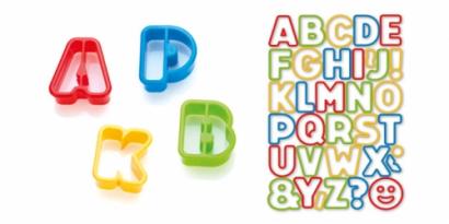 Vykrajovátka barevná abeceda