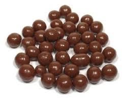Křupavé kuličky v hořké  čokoládě  60 g