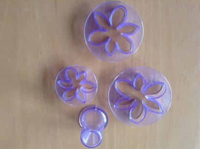 Květina sada 4 ks fialová