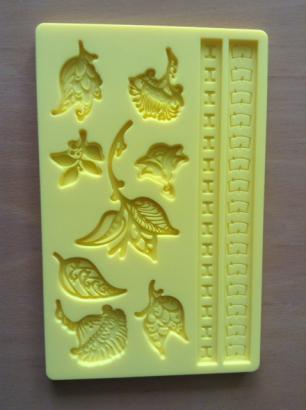 Silikonová forma žlutá - květiny