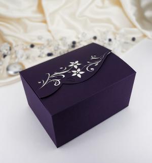 Krabička s květinami a kamínky fialová 10 ks