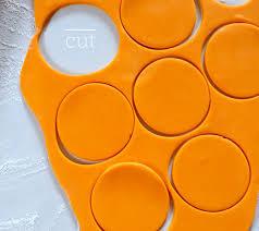 250 g  modelovací hmota oranžová
