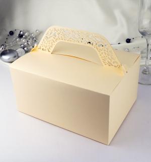 Krabička s krajkovým ouškem zlatá perleť  10 ks