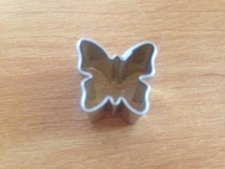 Vykrajovátko mini motýlek