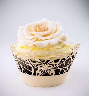 Košíčky na cupcakes  12 ks  zlaté - motýl