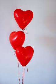 Balonek srdíčko červené  1 ks