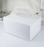 Krabička s krajkovým ouškem bílá  10 ks