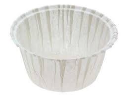 Bílý pevný košíček na  muffiny 50 ks